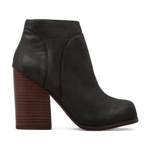 NWOT Jeffrey Campbell Hanger Leather Boot 6.5